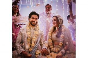 Varun Dhawan and Wife Natasha Dalal Wedding, Haldi Ceremony, Sangeet Celebrity Guest List, Covid-19 Wedding. All the Details are Here.